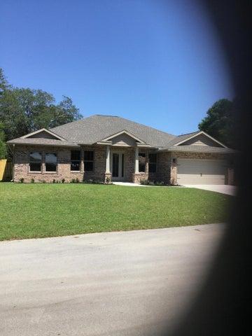 48 Amis Drive, Shalimar, FL 32579