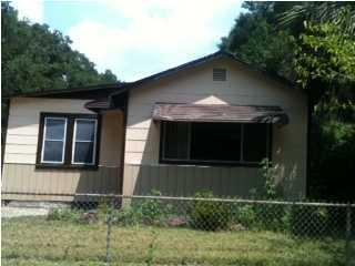 405 S Booker Street, Crestview, FL 32536
