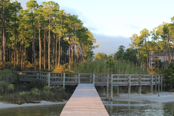 000 Palmetto Lake Drive, Lot 1A, Navarre, FL 32566