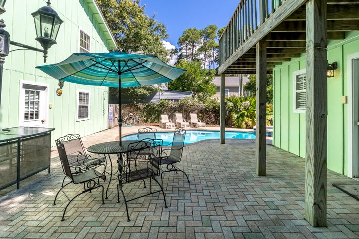 This classic Grayton Beach cottages is perfect for your large family gatherings.  The main house has 6 bedrooms and 6 baths. Additionally, there are 2 separate apartments, each with a kitchen and bath. Enjoy the pool and hot tub after taking a short walk to Grayton Beach.All measurement and information is believed to be accurate but should be verified.