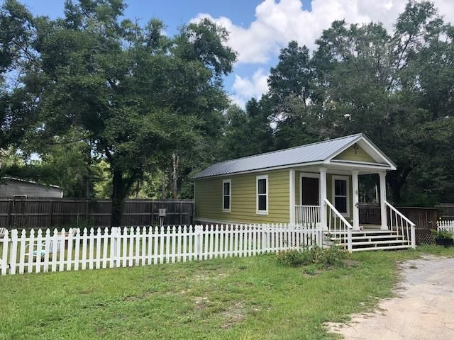 161 Caswell Branch Road, Freeport, FL 32439