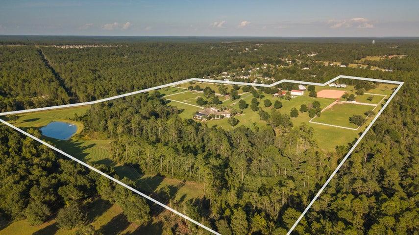 Executive 60 acre horse farm
