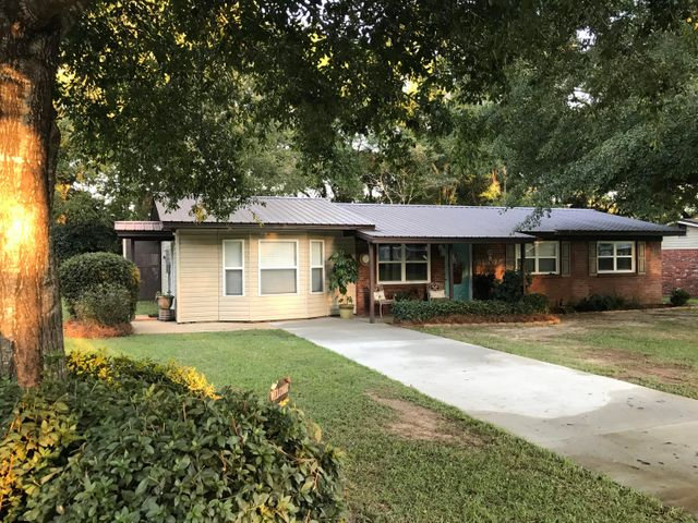 149 Shady Lane, Crestview, FL 32536