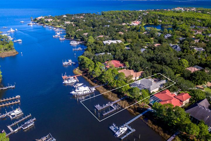 4374 Old Bayou Trail, Destin, FL 32541