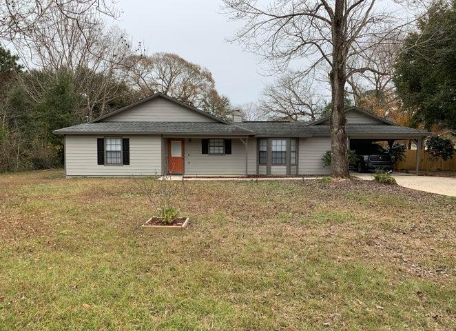 5607 Tucker Lane, Crestview, FL 32539