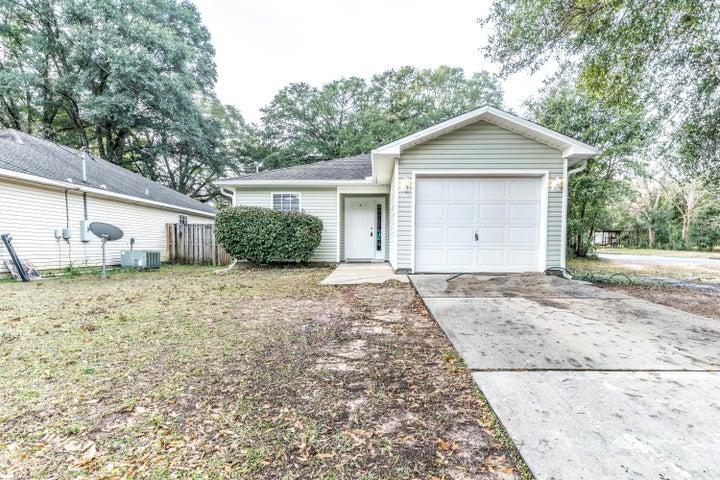 701 E Chestnut Avenue, Crestview, FL 32539