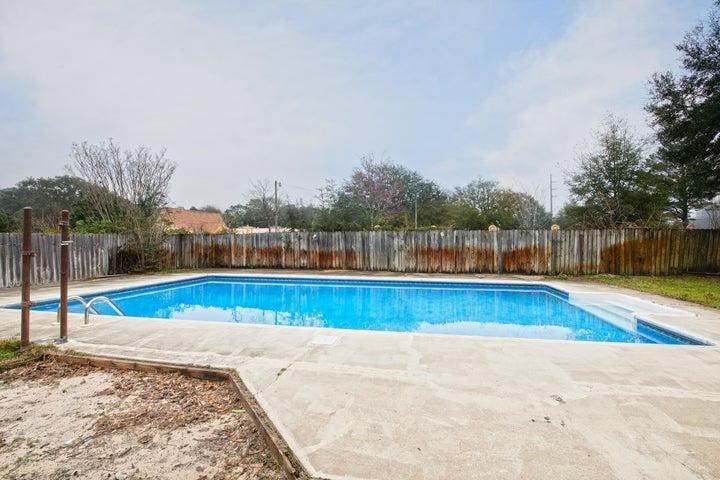 703 Dubois Drive, Fort Walton Beach, FL 32547