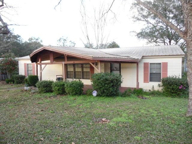 35 Widner Circle, Defuniak Springs, FL 32433