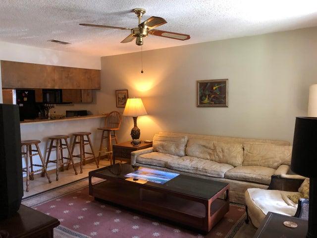 217 SE Oak Street Southeast Street, D, Fort Walton Beach, FL 32548