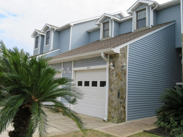 1818 Sea Pines Lane, Navarre, FL 32566