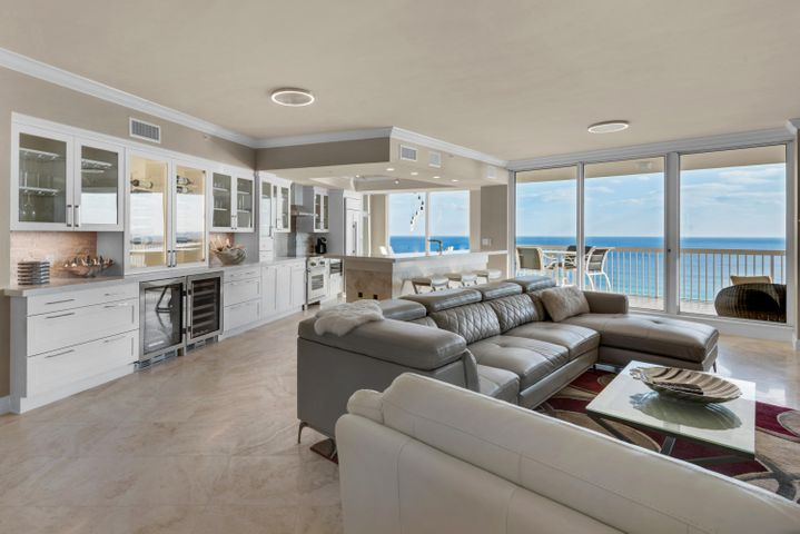 Open Concept Living at its Finest