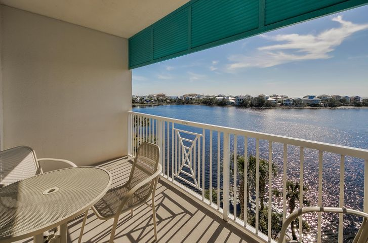 **4TH FLOOR - CARILLON - ADJACENT CONDO AVAILABLE AS WELL** Carillon Beach Inn is ideally located near Rosemary, Alys Beach and all Highway 30-A has to offer while also being in close proximity to Lake Powell, Pier Park Shopping Development, (ECP) PCB International Airport, Frank Brown Park and so much more! Take advantage of all of the amenities this fantastic resort has to offer along with it's pristine deeded ''Dune Walkovers'' with multiple access points across almost 4000ft of deeded beach front.This 4th floor property offers views over the lake to the Gulf of Mexico from the living/kitchen area and large balcony. The condo sets up as a one bedroom suite with an abbreviated kitchen. These condos are producing nearly $25k in gross rental income. True gems in today's market!