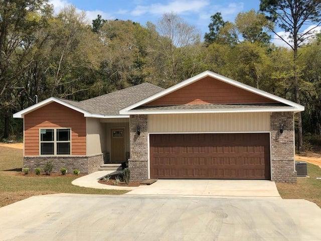 986 E Chestnut Avenue, Crestview, FL 32539