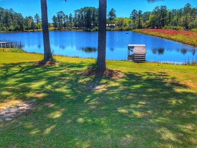 110 W Kennemur Drive, Defuniak Springs, FL 32433