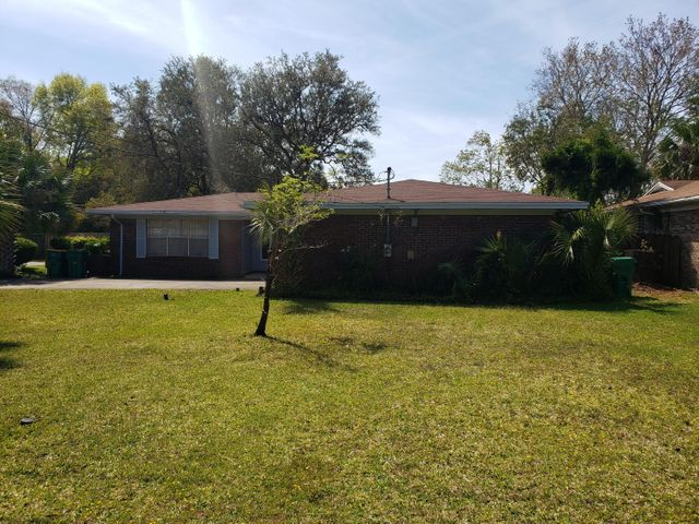 406 Pelham Road, Fort Walton Beach, FL 32547