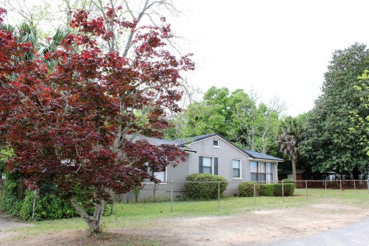 397 Georgia Street, Crestview, FL 32536