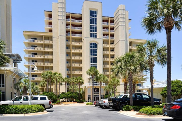 Harbor Landing features gulf and harbor access and allows short term rentals