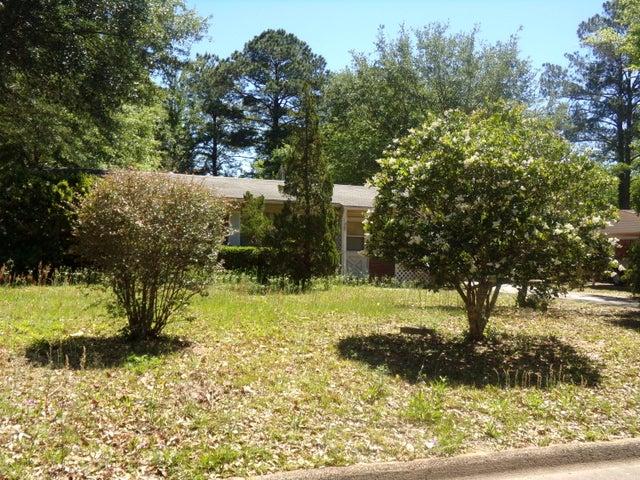 1416 Texas Parkway, Crestview, FL 32536