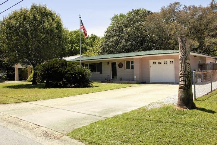 111 SE Waynel Circle, Fort Walton Beach, FL 32548