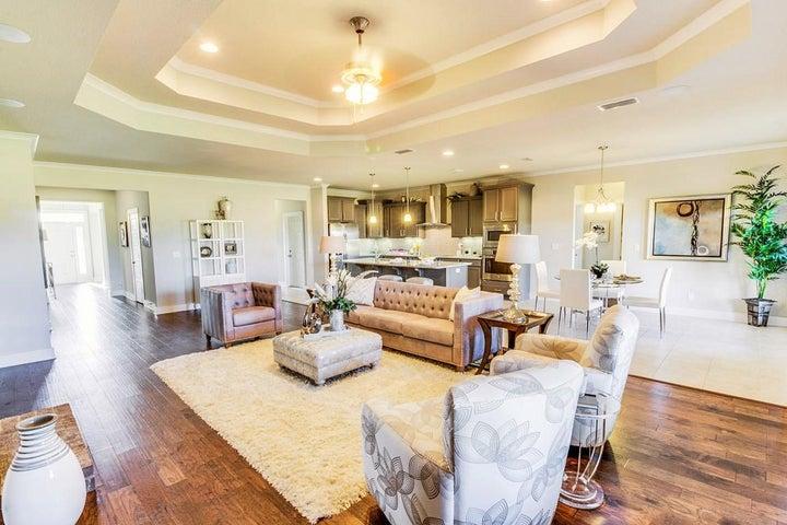 mckenzie livingroom 1