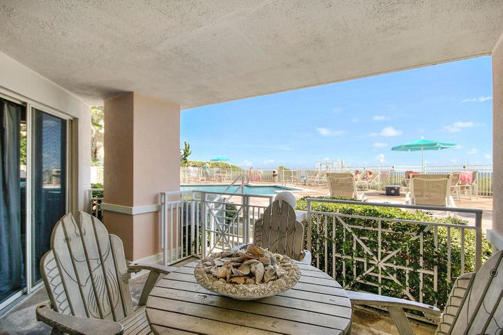 great balcony with direct access to pool, hot tub and gulf!