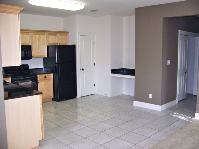 2 BR 2 BA Condo on the 1st floor.   Unfurnished. All the appliances and washer and dryer are included. New AC system. New water heater. Washer and Dryer bought in 2018. TopSail Village is near the new Sacred Heart Hospital, Walmart, Publix, Restaurants, and shopping. Beach access is less than a mile away. Pets under 40lbs are allowed. There is a tenant currently in unit on a month to month lease for $1400.