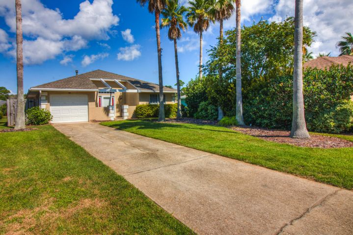 Easy living is this patio home in the Bayside neighborhood of Miramar Beach. A beach home with condo like amenities including lawn care, community pool, tennis court and a dock on the bay. Open floorplan with vaulted ceilings, wood flooring, granite counter tops and large sunroom with slight bay views. Roof was replaced in 2018 and most mechanicals have been updated.
