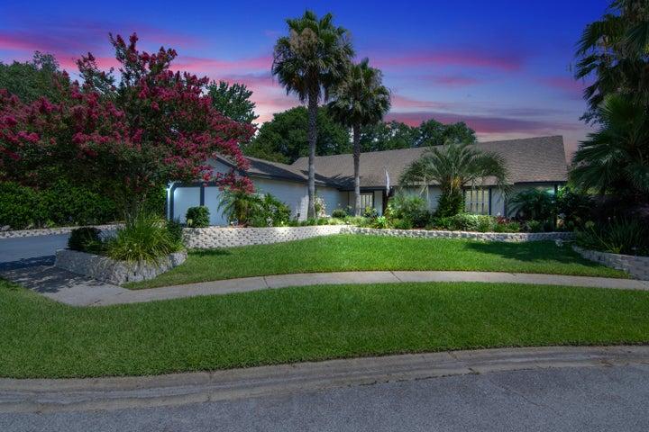 705 Osage Drive, Fort Walton Beach, FL 32547