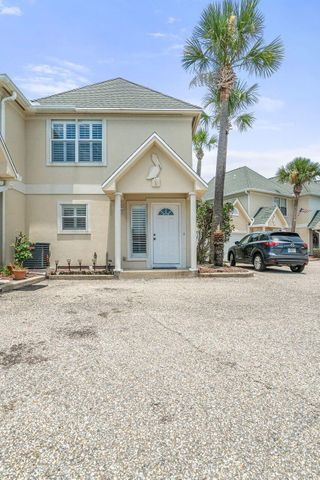 Spacious townhouse in the heart of Destin. Close to the Harbor and all the restaurants and shopping that Destin has to offer. This townhouse is a great investment or personal residence. It has the option to come fully furnished. Well maintained unit with a spacious master suite.