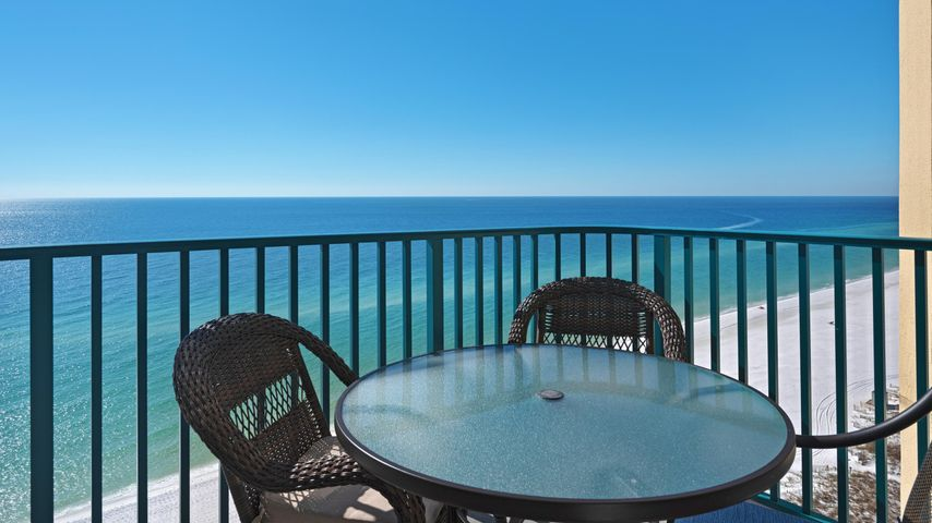 UNOBSTRUCTED VIEWS OF THE GULF OF MEXICO