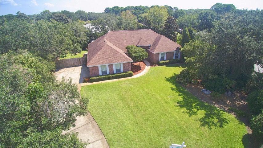 13 Ocala Court, Destin, Florida - Extra large estate sized lot in prestigious Indian Bayou Country Club.