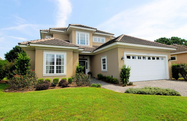 4327 Sunset Beach Circle, Niceville, FL 32578