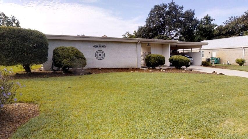 115 Woodbine Circle, Fort Walton Beach, FL 32548