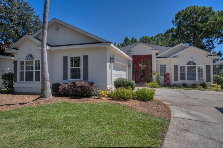 Meticulously cared for home in the gated community of Emerald Shores now available FOR SALE! Brand NEW roof installed 2019! This beauty won't last long! Contact us for details!