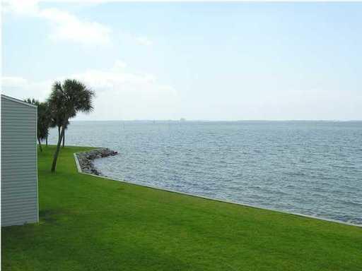 101 Old Ferry Road, UNIT 15D, Shalimar, FL 32579