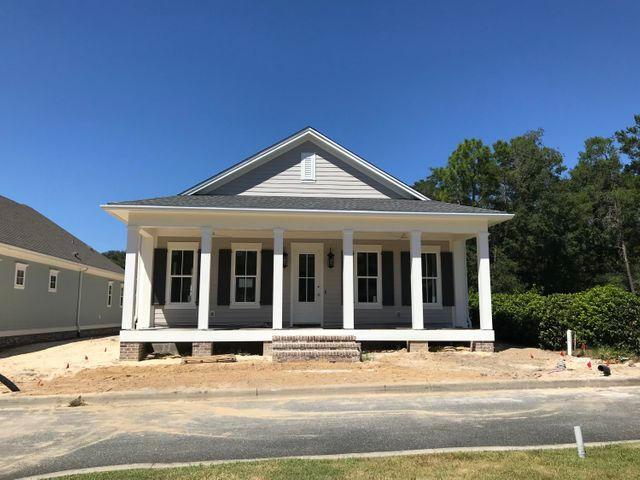 24 Front Porch Circle, Niceville, FL 32578
