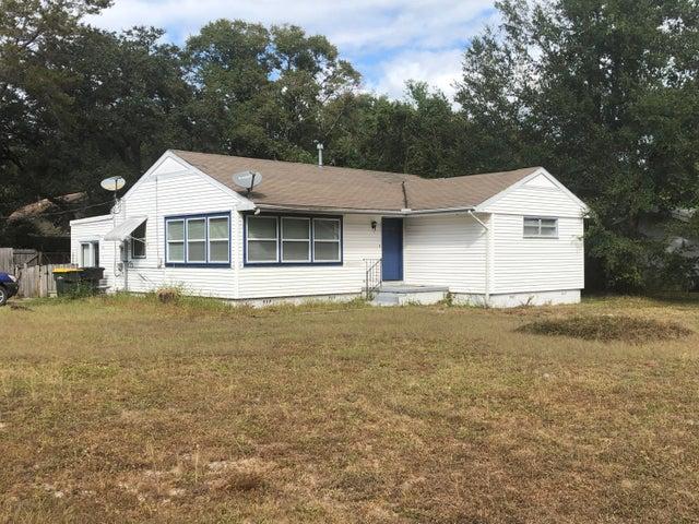 105 Thames Place, Fort Walton Beach, FL 32548