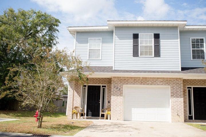 982 Leigh Ann Lane, Fort Walton Beach, FL 32547