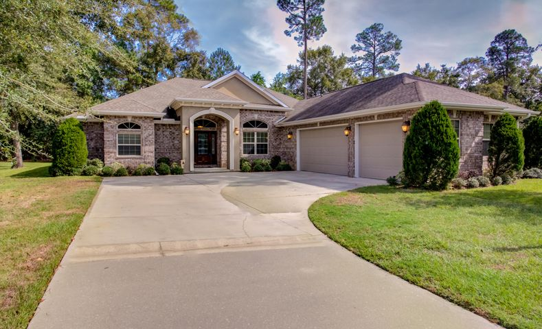 2820 Pear Orchard Boulevard, Crestview, FL 32539