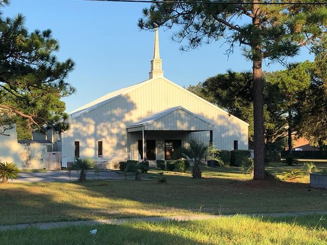 Church (5k sq ft) & Sep Bldg (13k sq ft)