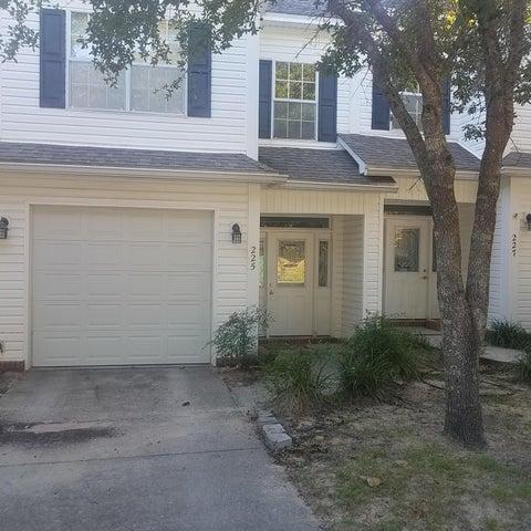 225 Evans Street, Niceville, FL 32578