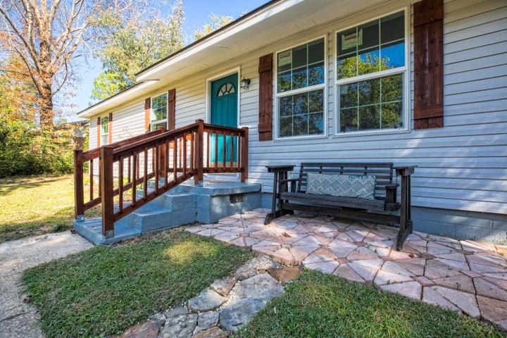 695 Ridge Lake Road, Crestview, FL 32536