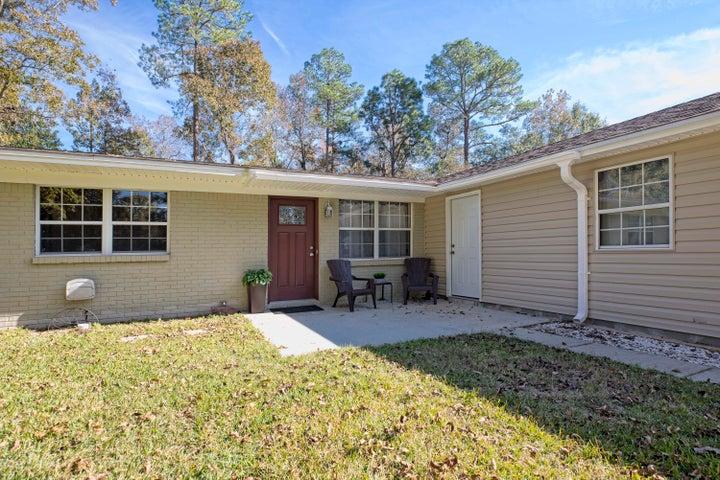 185 Oak Lane~ Crestview FL