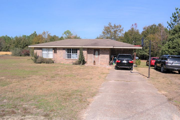 1414 Sexton Road, Defuniak Springs, FL 32433