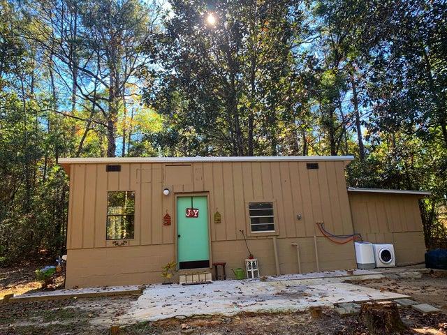 407 Timberlake Drive, Defuniak Springs, FL 32435
