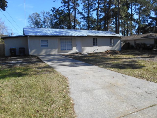 426 NW Oakland Circle, Fort Walton Beach, FL 32548