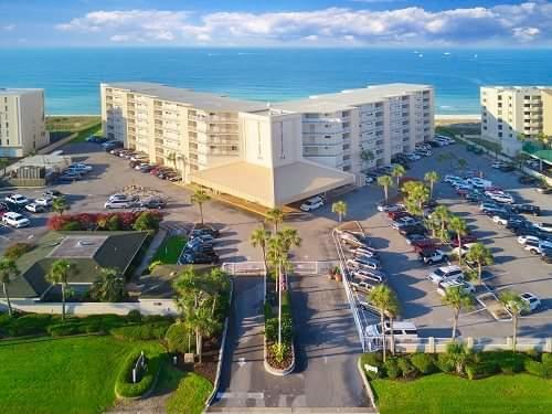 Perfect beach condo in Destin - 419 Holiday Surf & Racquet Club
