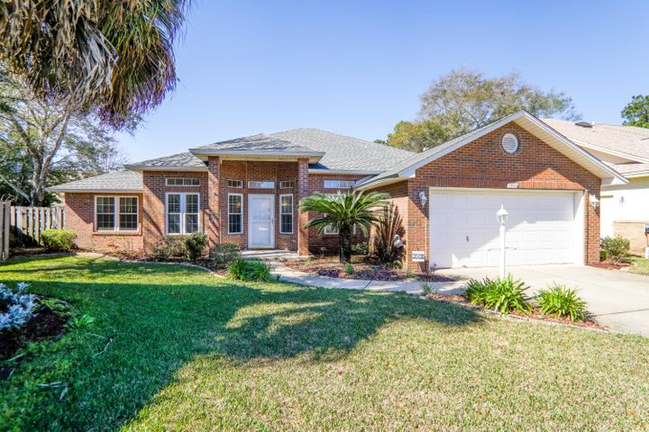 1950 Waterford Ridge Road, Fort Walton Beach, FL 32547