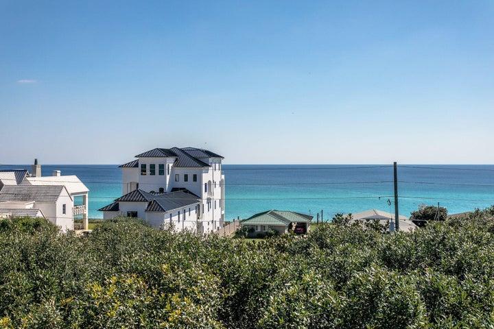 The BEACH VIEWS!