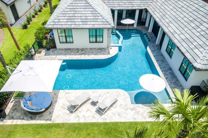 3956 N Baytowne Avenue, Miramar Beach, FL 32550